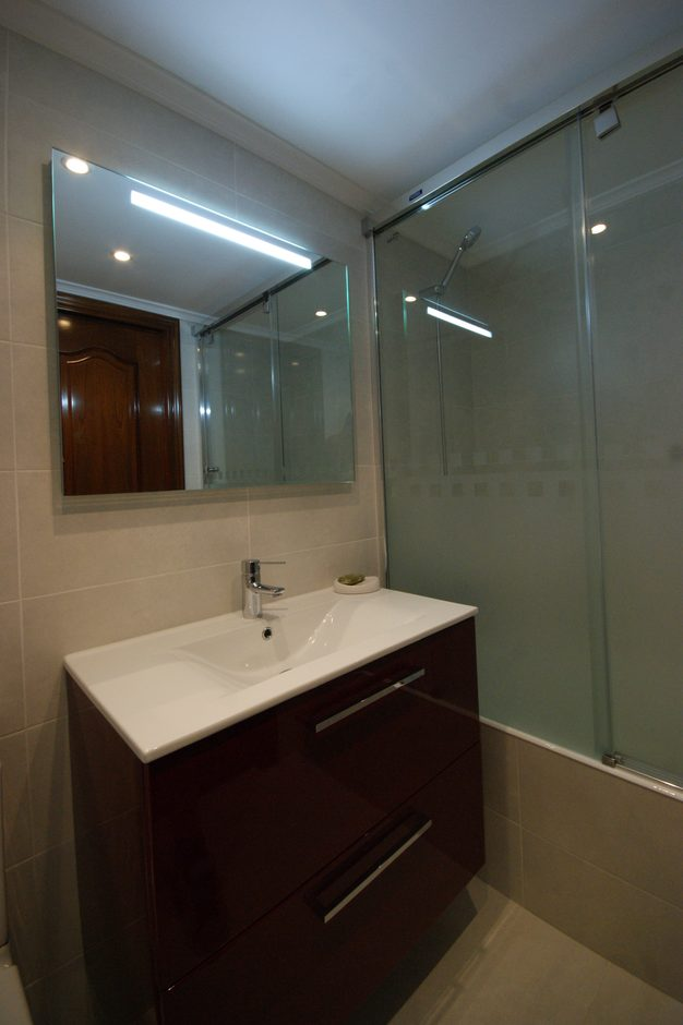 Revestimiento de baños en Barakaldo y Basauri 2