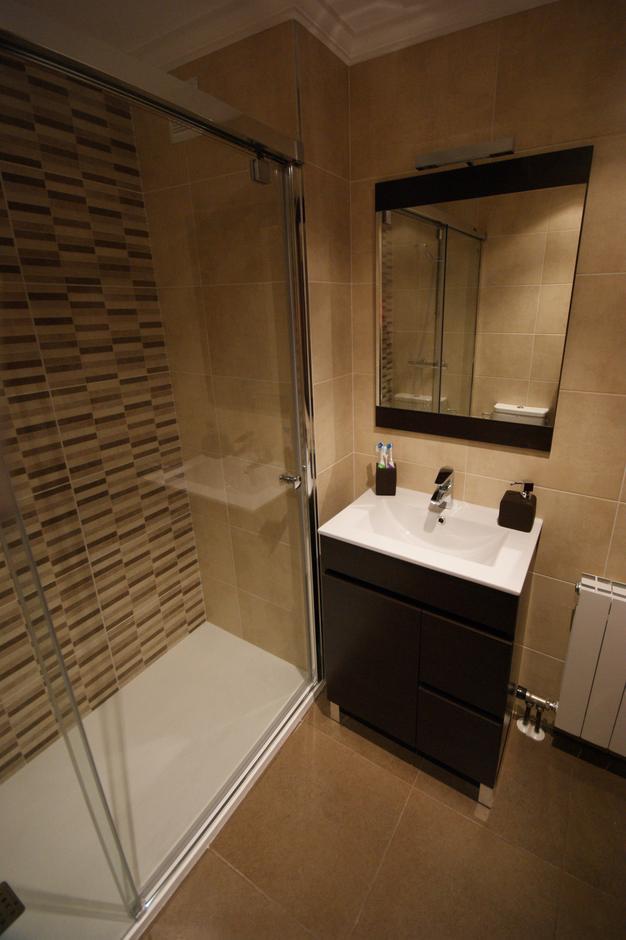 Reforma de baños en Donostia, Gipuzkoa