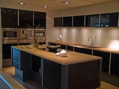 Reformar cocinas distribución de la cocina con isla