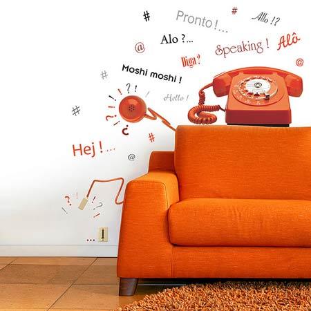 Vinilos en pared, dibujo telefono y llamada, hola en muchos idiomas