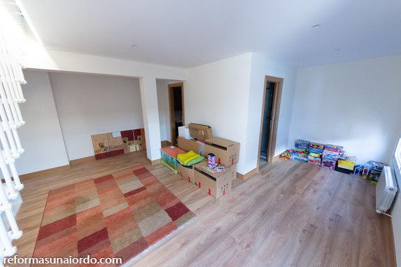 Rehabilitación y reforma de un duplex en Amorebieta salón piso inferior